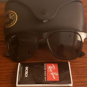 Authentic Black ray ban glasses